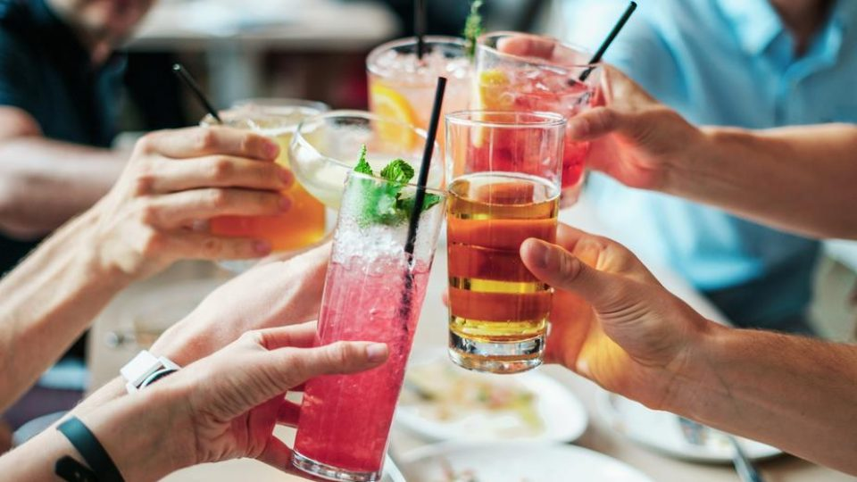 fresh cool cheers with friends_925x